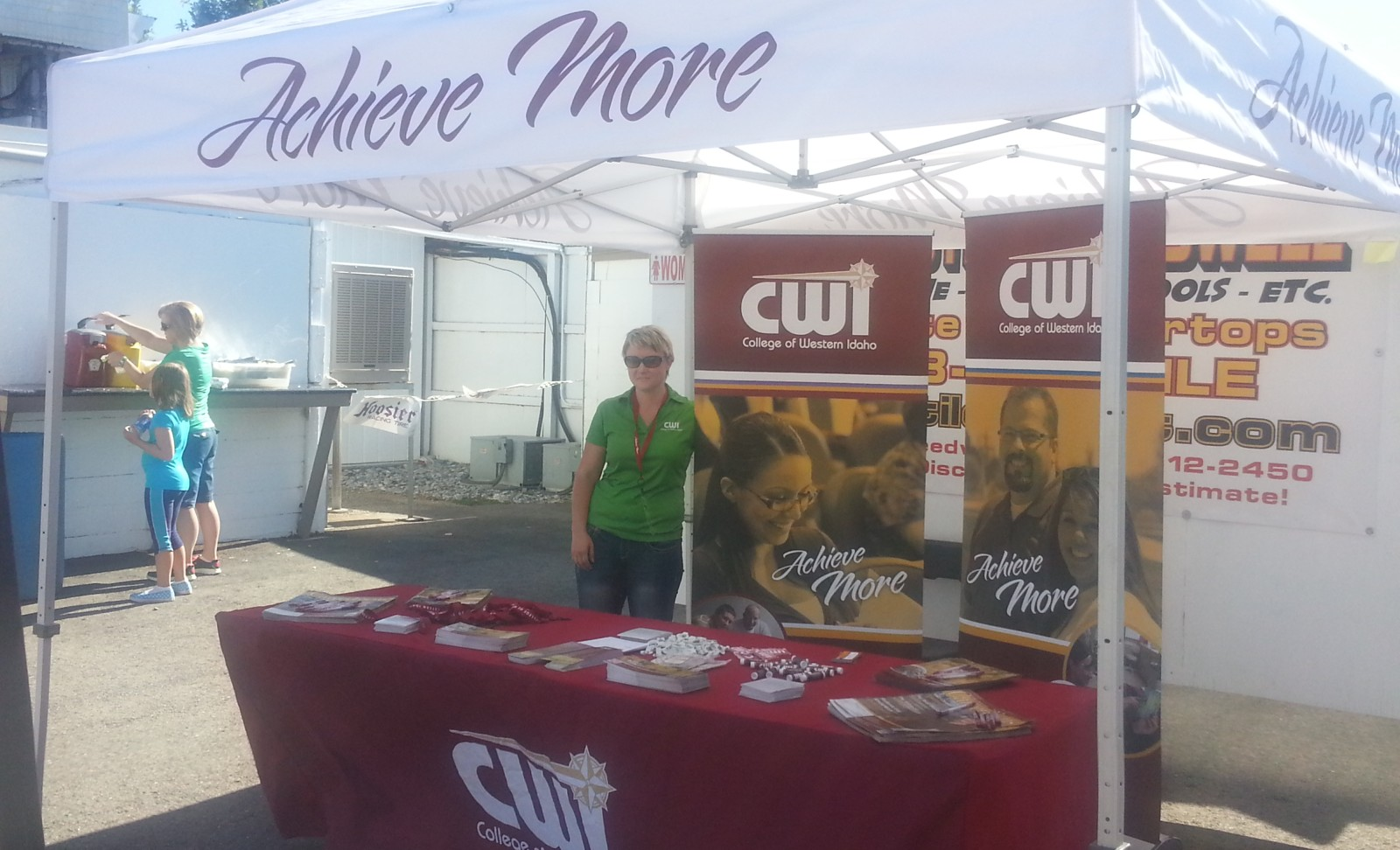CWI Booth at Meridian Speedway